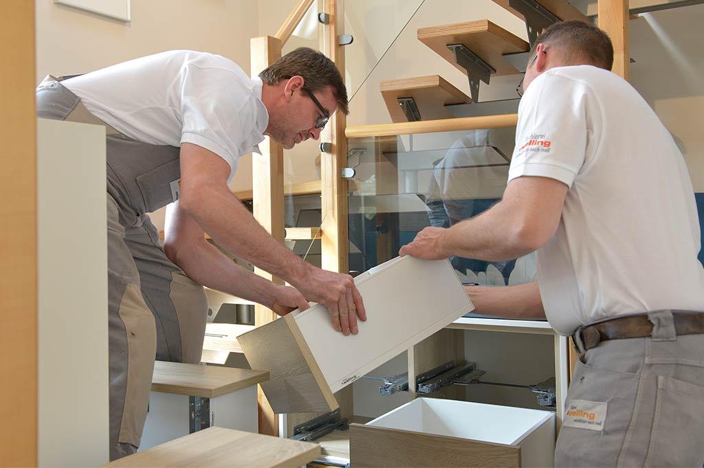 Auf- und Einbau der maßgefertigten Möbel der Tischlerei Welling
